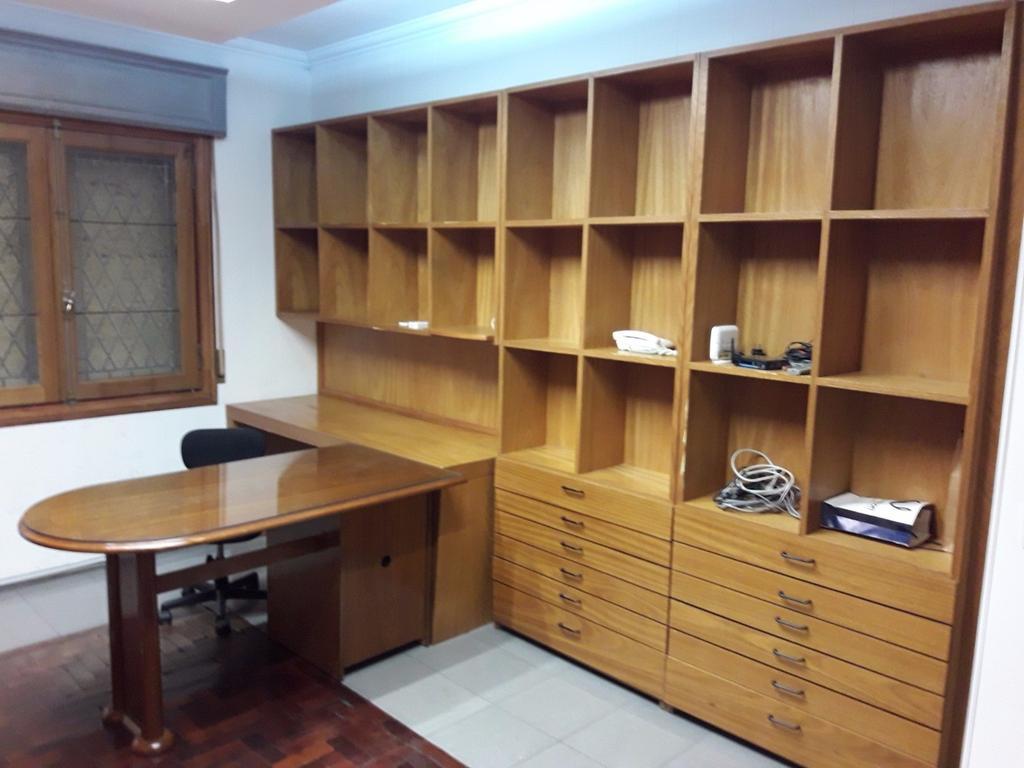 Miter 800  Oficina  Excelente calidad  51m2   cochera