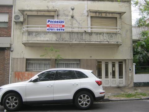 Vendo  Nuñez calle Arias  mts Av Cabildo lote 178 m2 para edificio prop horiz  Fot 1,6 exc ubicación