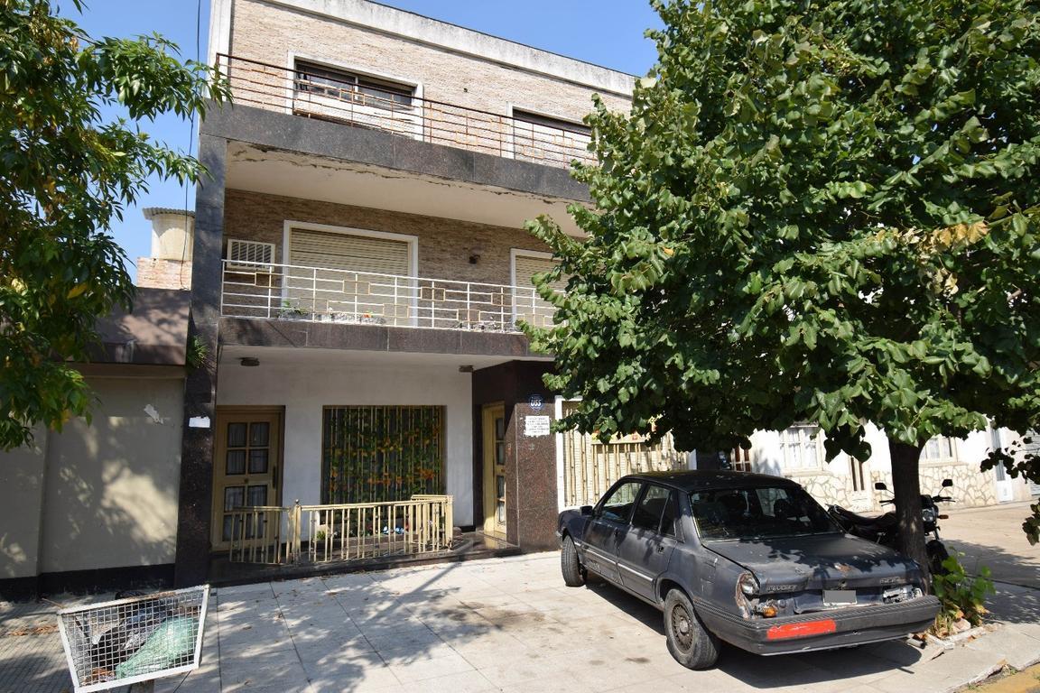 PH 4 AMB mas terraza, patio y baulera- ALQUILER