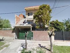 Tres viviendas en block, independientes y amplias