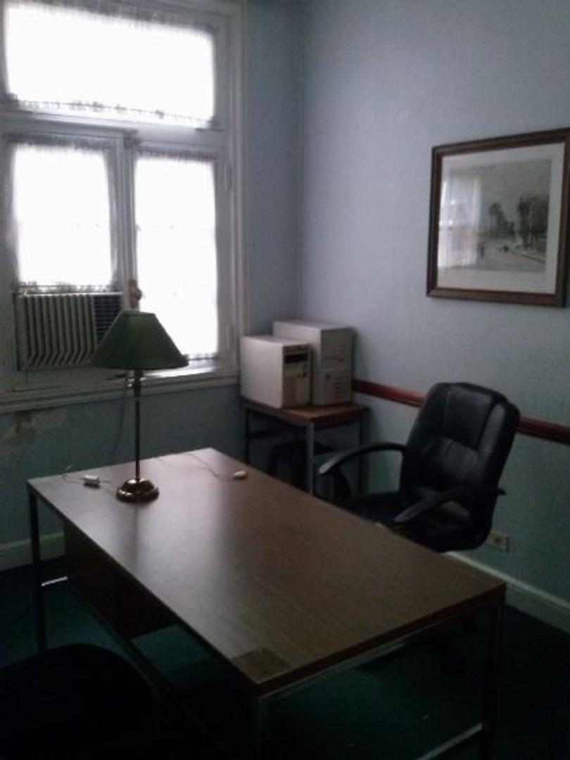 Departamento 3 Ambientes -  Ideal Estudio Profesional - Excelente Estado - Luminoso