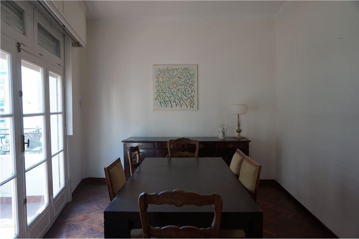 Duplex con terraza y balcón en Recoleta