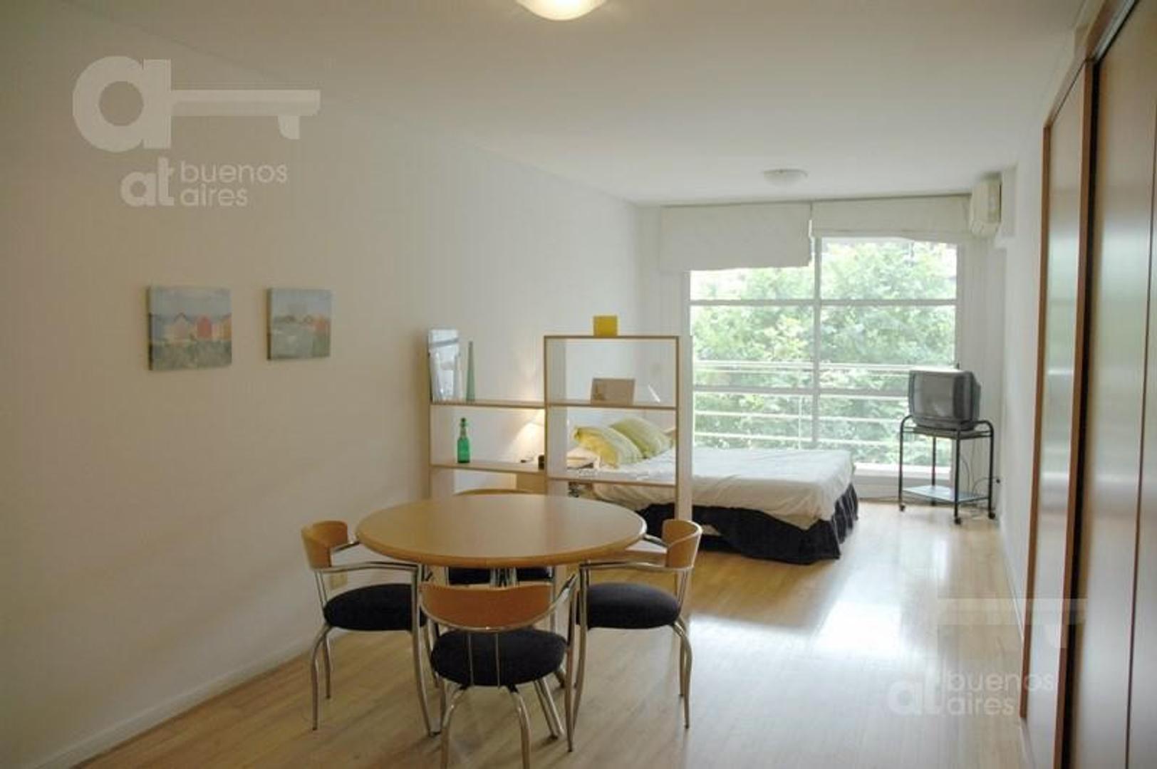 Palermo. Moderno Loft con balcón y amenities. Alquiler temporario sin garantías.