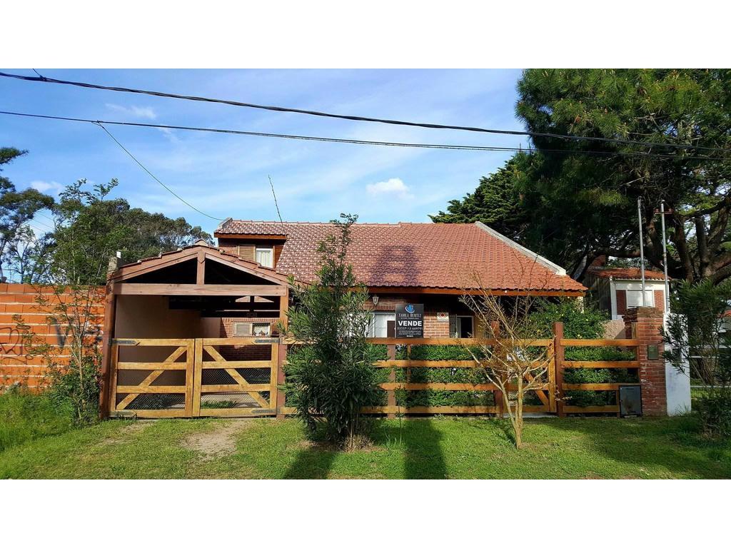 Hermosa casa, en zona Residencia. Apto p/ Consultorio Profesional!!!