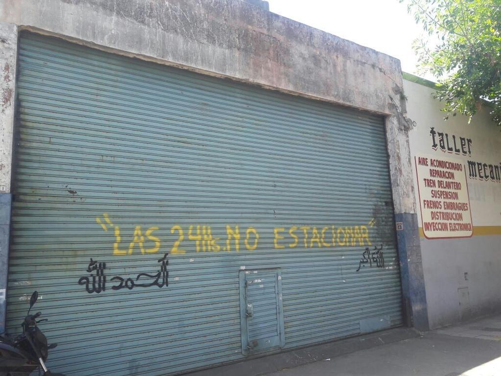 $10.500 MÁS IVA // LOCAL A METROS DE AV. SÁENZ Y AV. LA PLATA // 83 mts2 cubiertos.