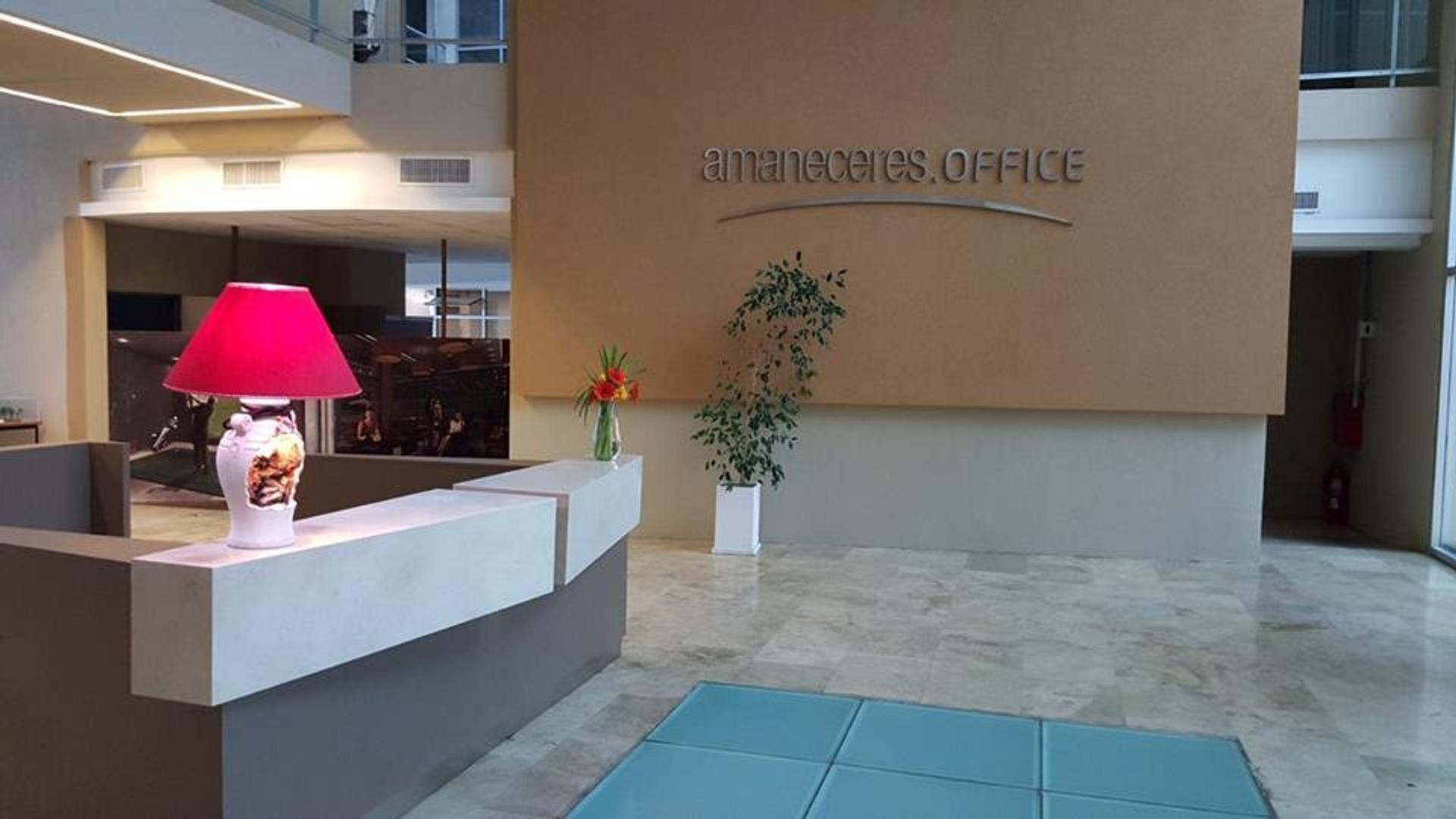 Amplia Oficina en Canning, Amaneceres Office!