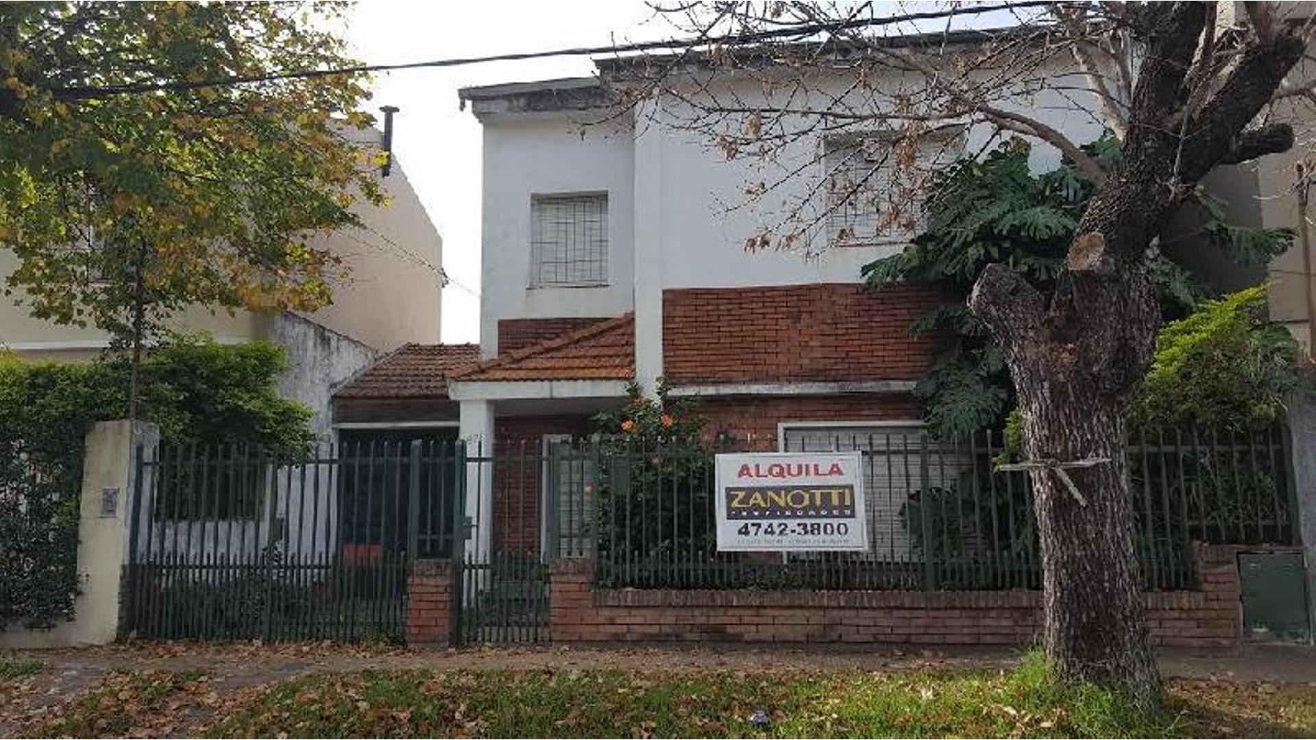 Casa  ALQUILER- Beccar Alto