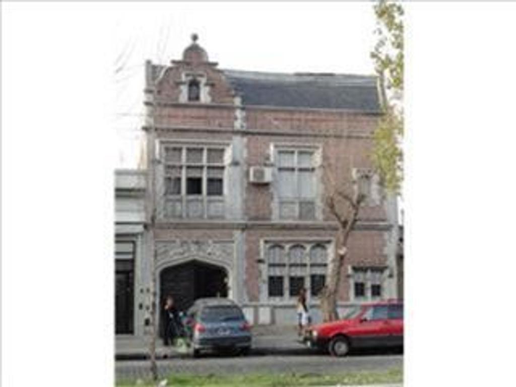 Casa en Venta de 7 ambientes en Capital Federal, Liniers