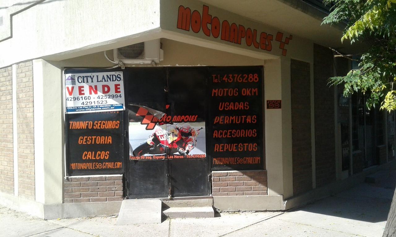 Local Comercial esquina en Las Heras