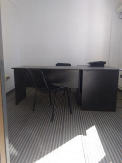 Oficina con 2 ambientes en Microcentro de La Plata.