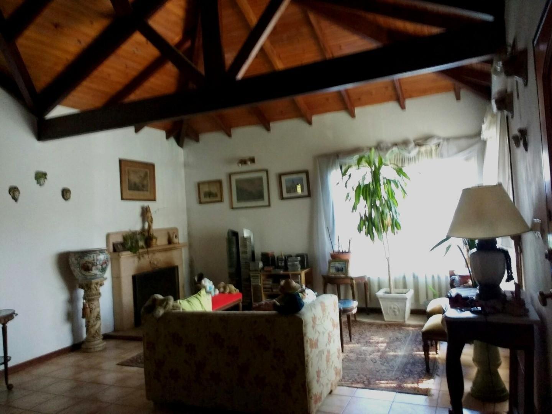 Casa en Pilar