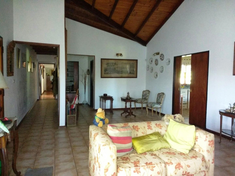 Casa en Pilar con 3 habitaciones