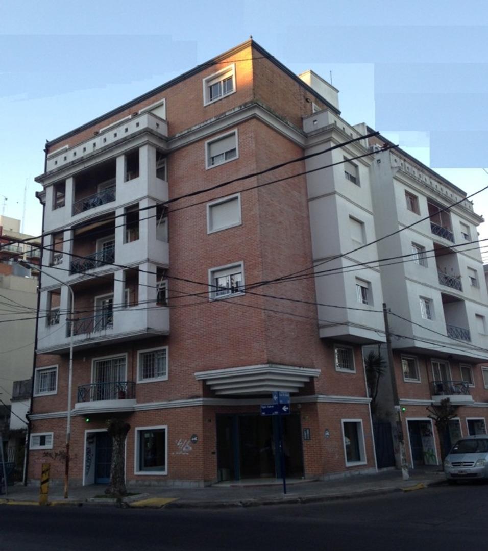 Departamento - Venta - Argentina, RAMOS MEJIA - CABRAL, SARGENTO  AL 100