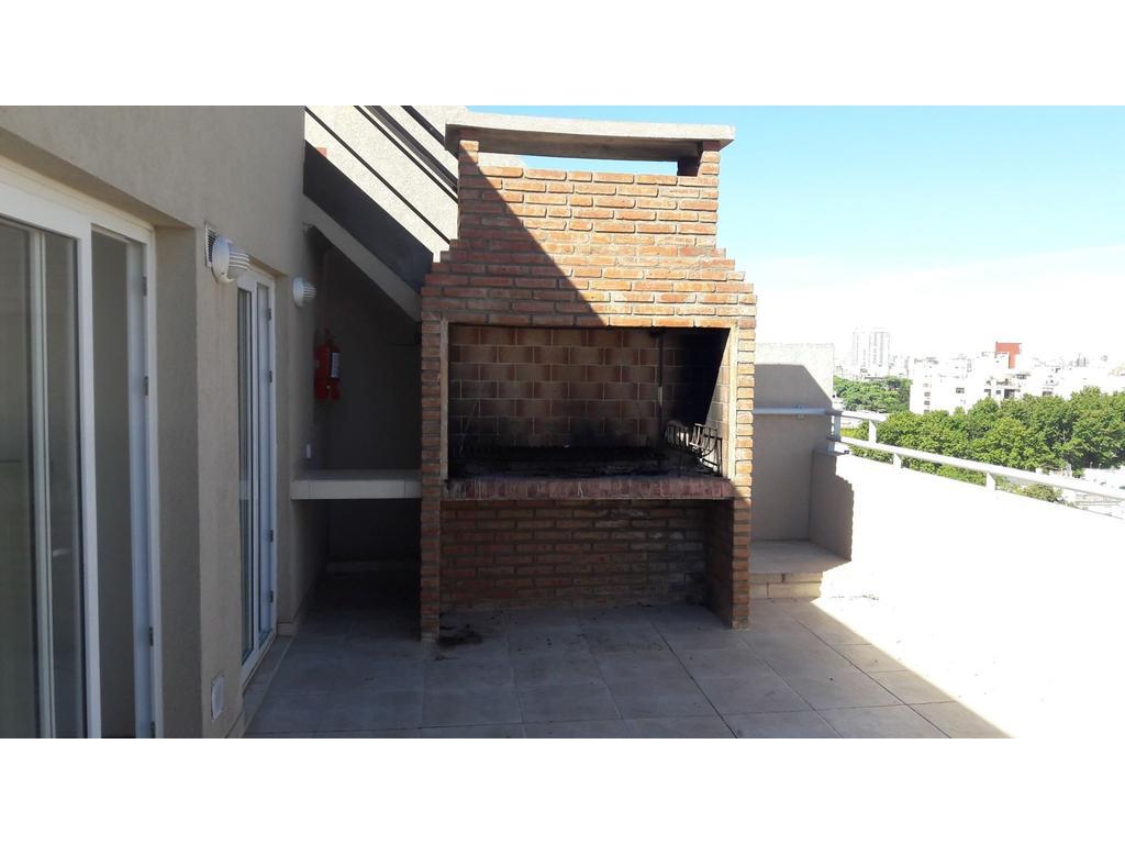 Monoambiente 31m2 c/ balcón - Flores - U$S 81.00