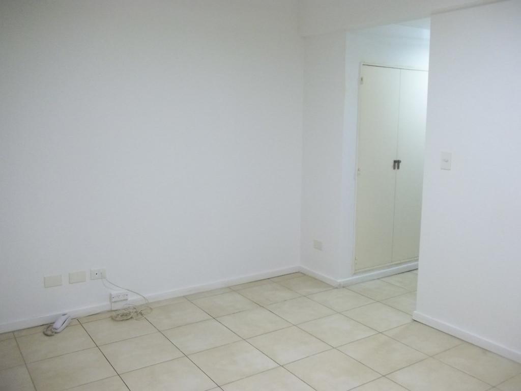 Oficina en Sarmiento 1200
