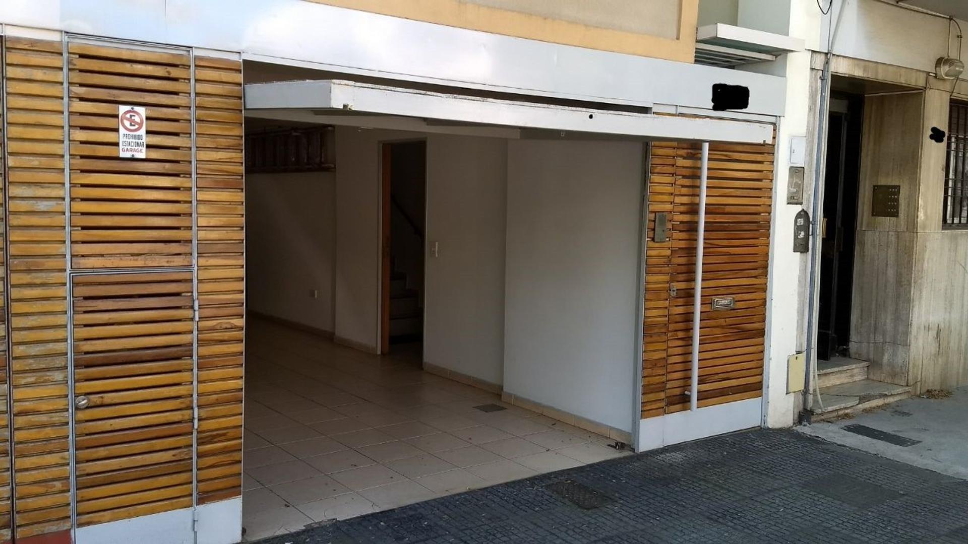 Casa en Venta en Barrio San Pedro - 5 ambientes