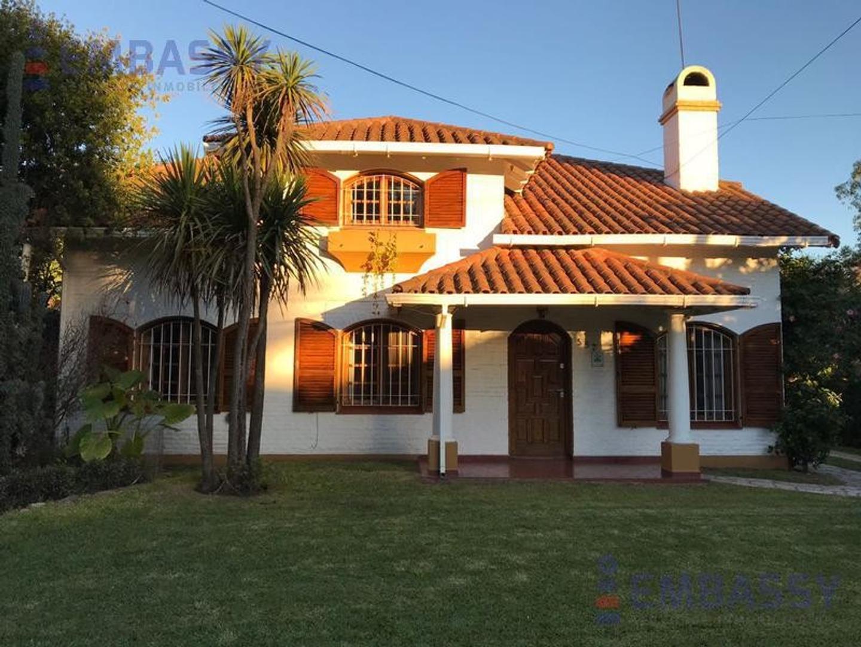 Casa en Venta en El Trébol - 5 ambientes