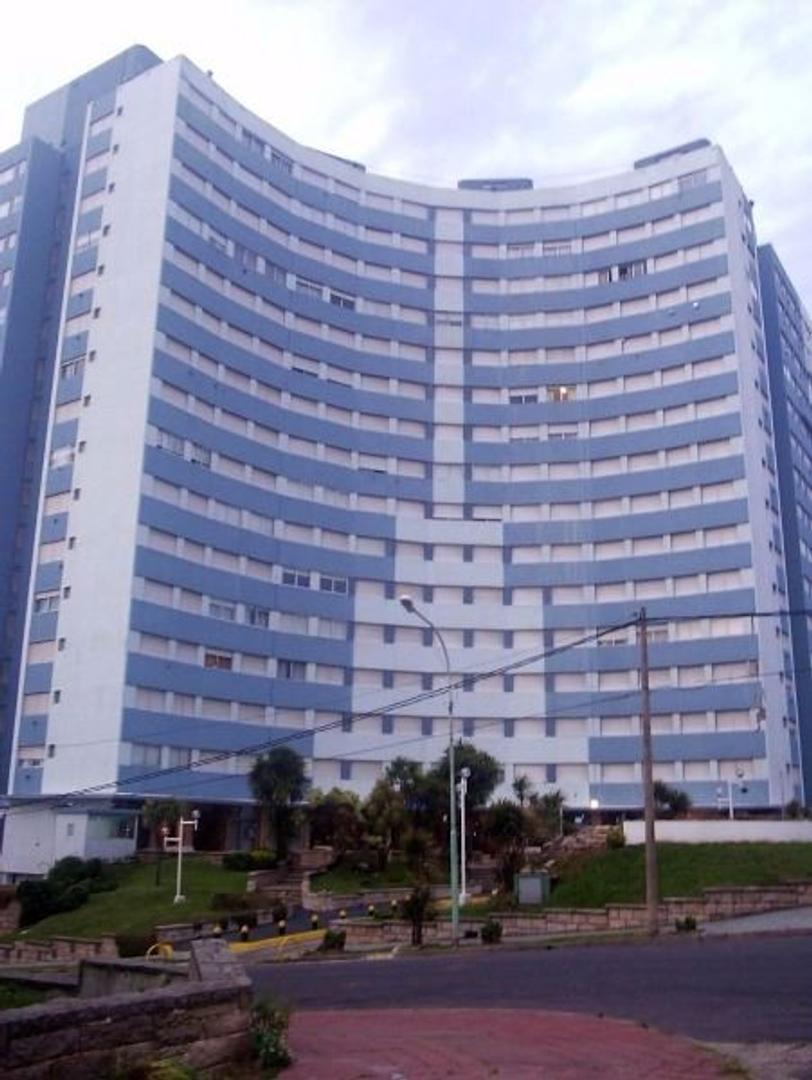 Venta departamento 3 ambientes en Mar del Plata con cochera