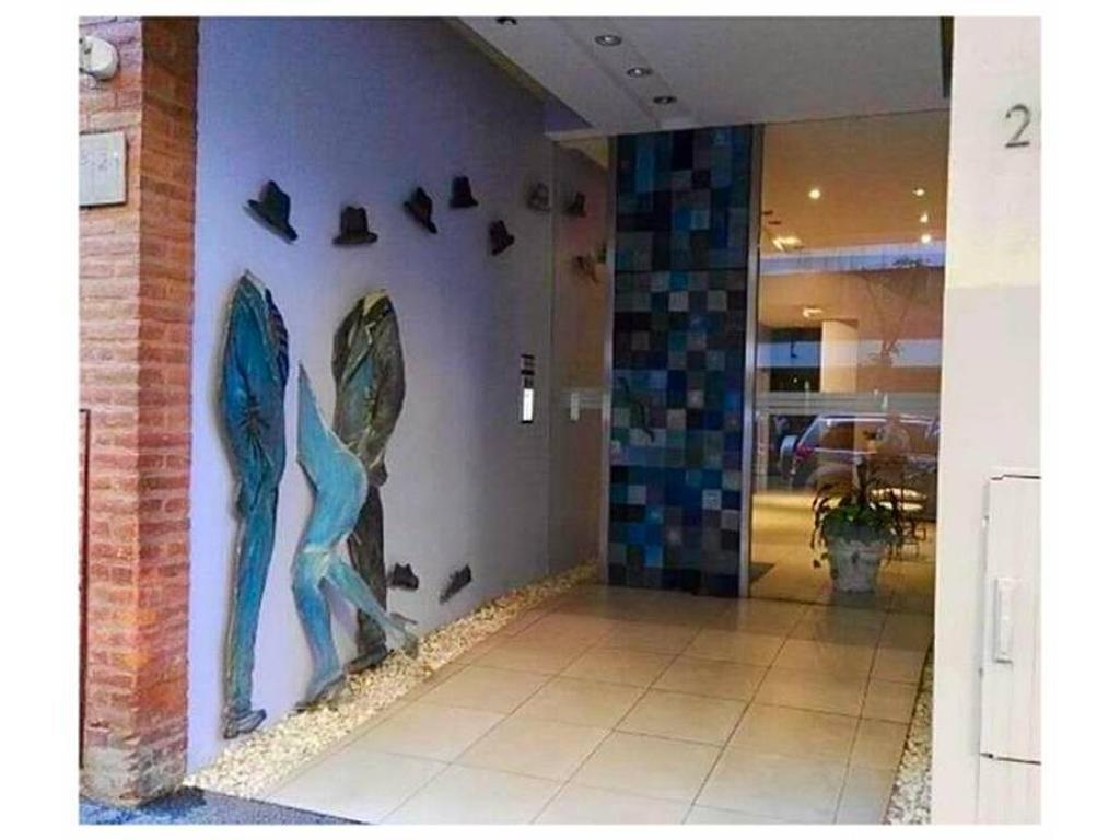 4 amb  Venta con cochera y piscina - APTO CREDITO - PALERMO