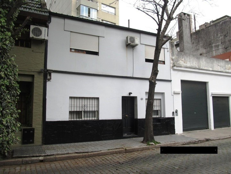 Excelente casa de 4 Ambientes Patio y Terraza-   Caballito-