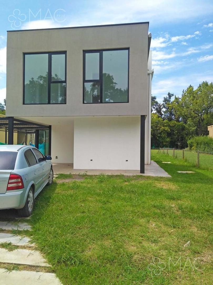 Casa en Venta en La Angélica - 4 ambientes