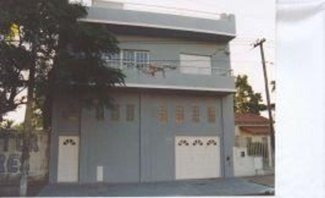 Casa en Av. Rosales, Lanus, R. de Escalada