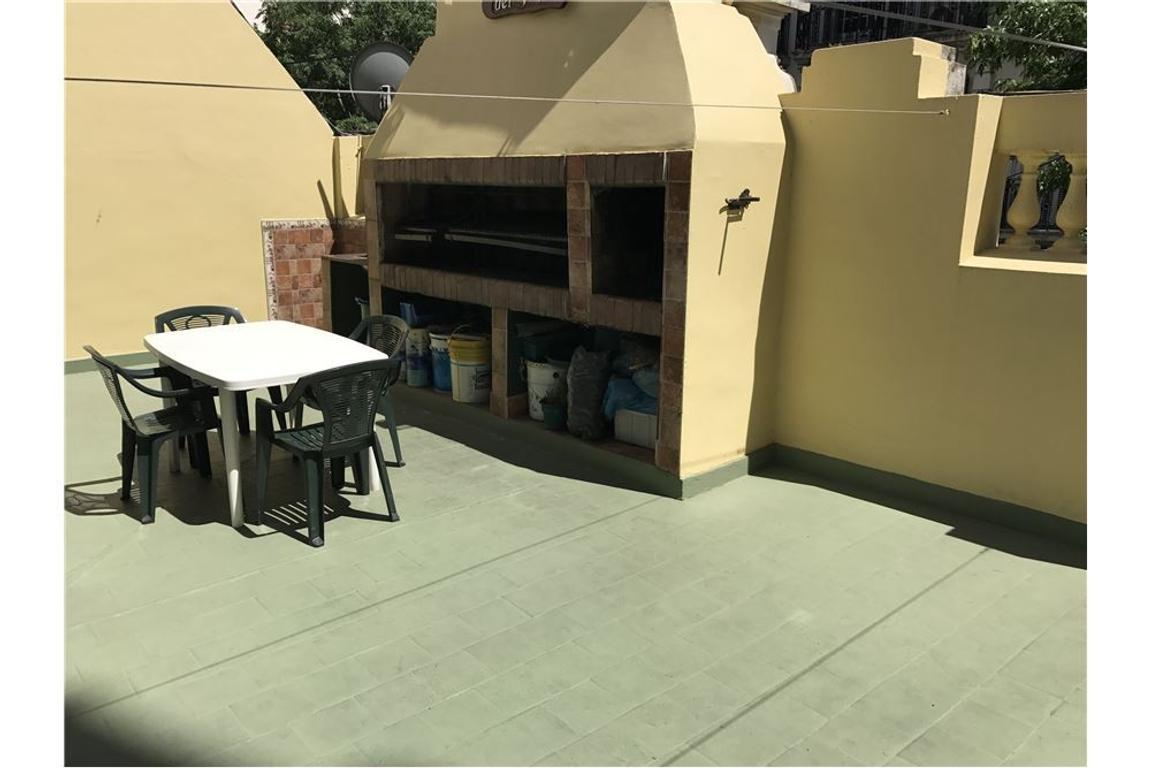 PH 6 amb con terraza y Quincho
