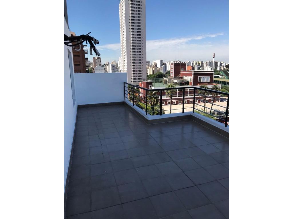 Departamento en alquiler 2 amb con balcón terraza y cochera descubierta