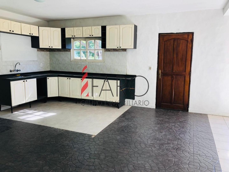 Casa - 100 m²   4 dormitorios   2019 años