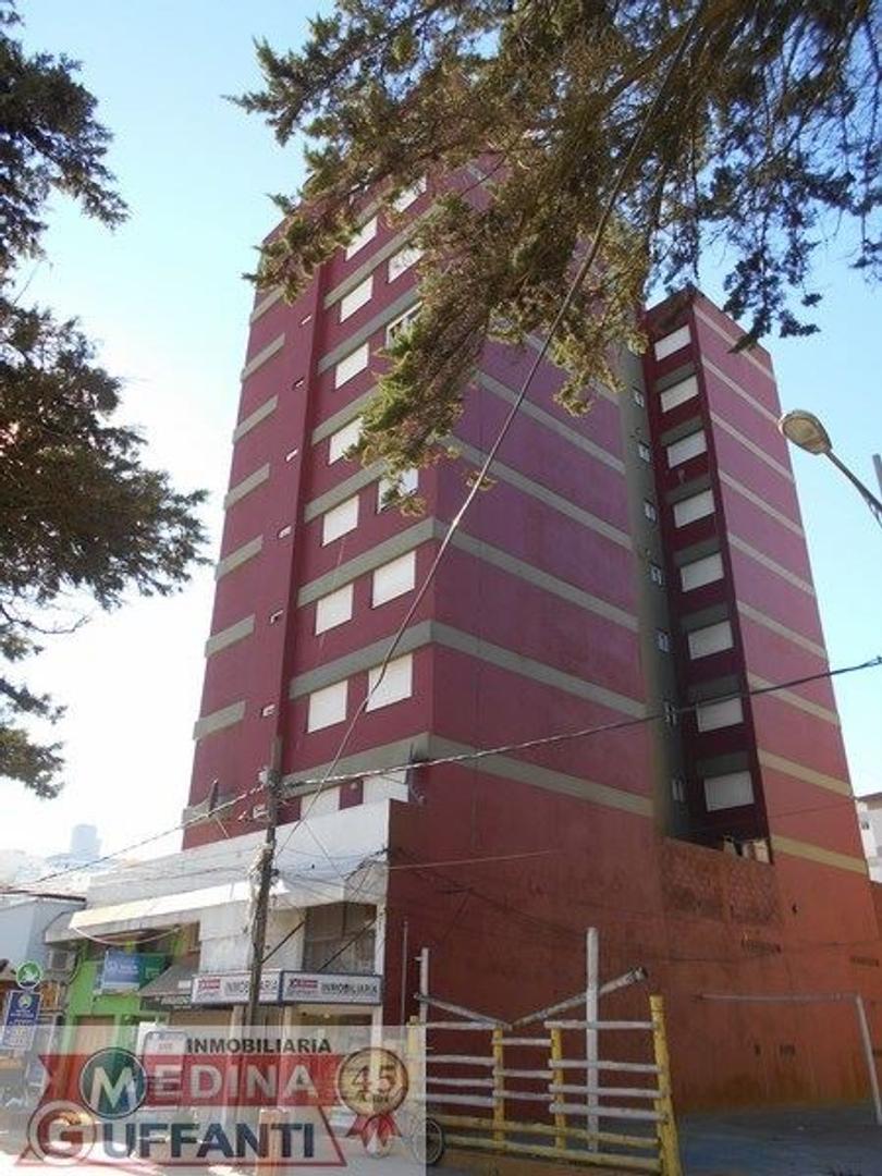 Rizzomar IV - 9º piso - 3 ambientes con Gas Natural - VISTA AL MAR.-