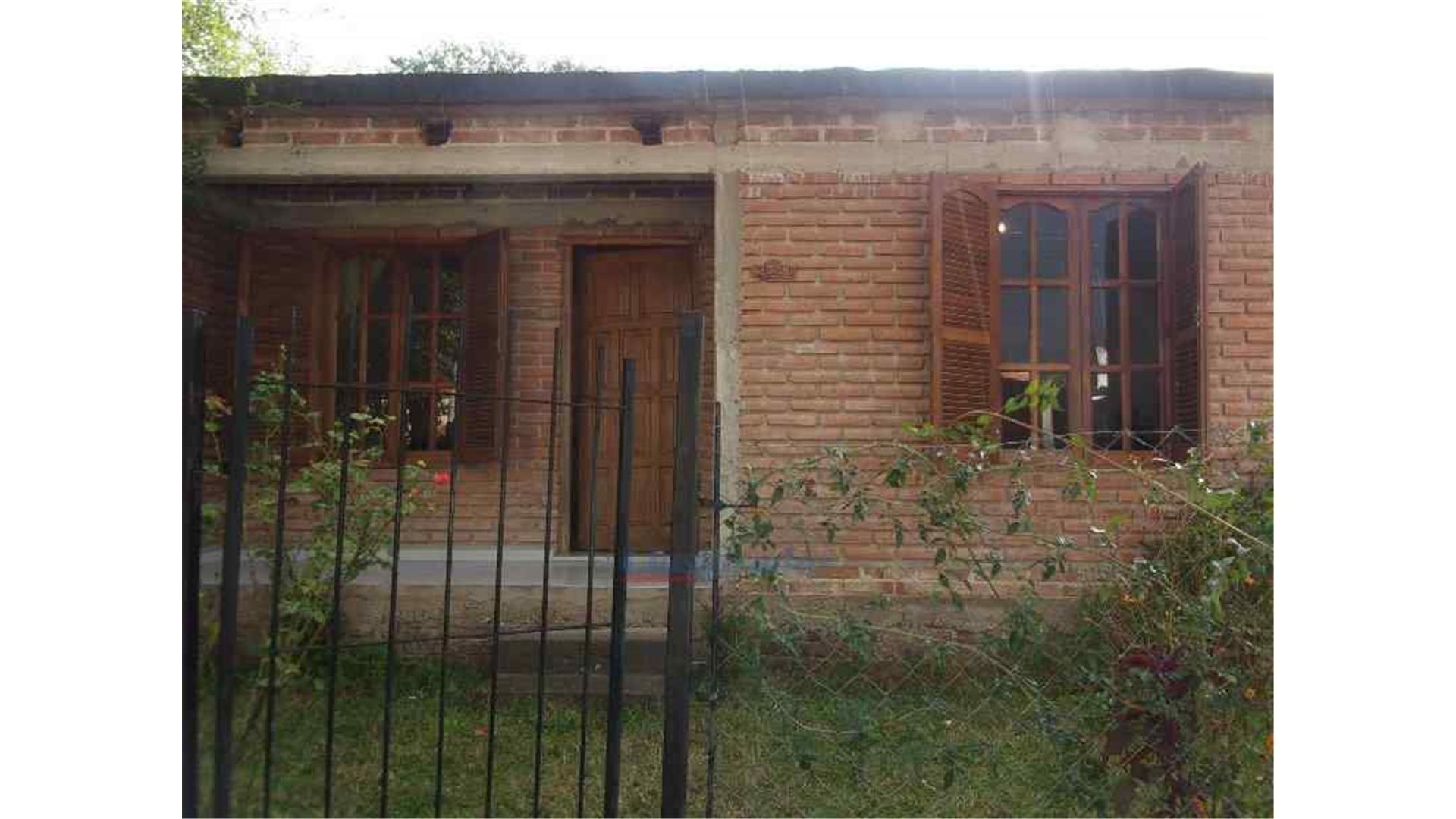 """Casa Apta Crédito- 3 Dorm. Villa Bustos"""""""