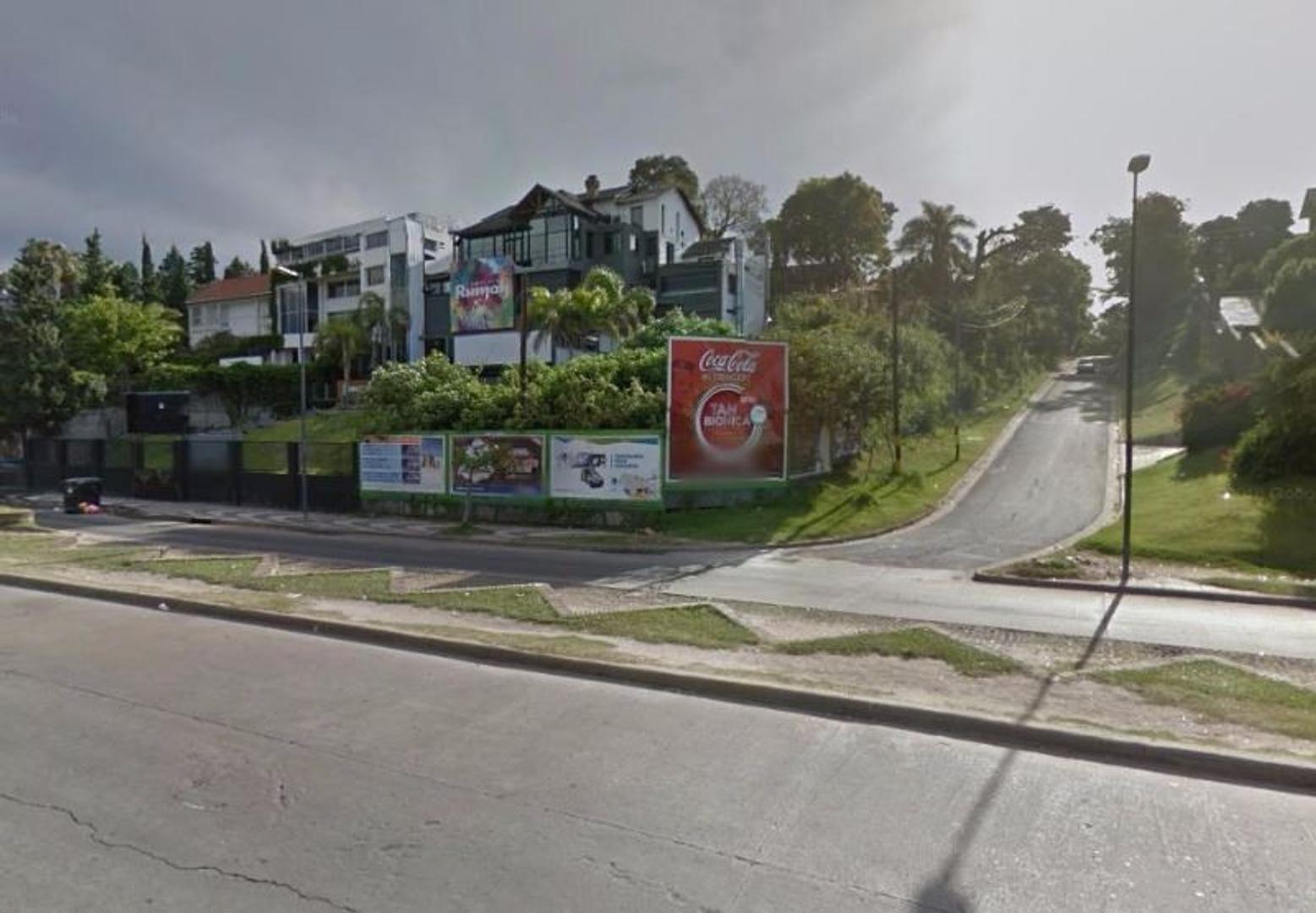 EXCEPCIONAL LOTE SOBRE COSTANERA DE ROSARIO