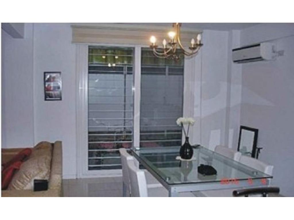 Venta excelente departamento en PB de 2 ambientes con cochera en Victoria, San Fernando