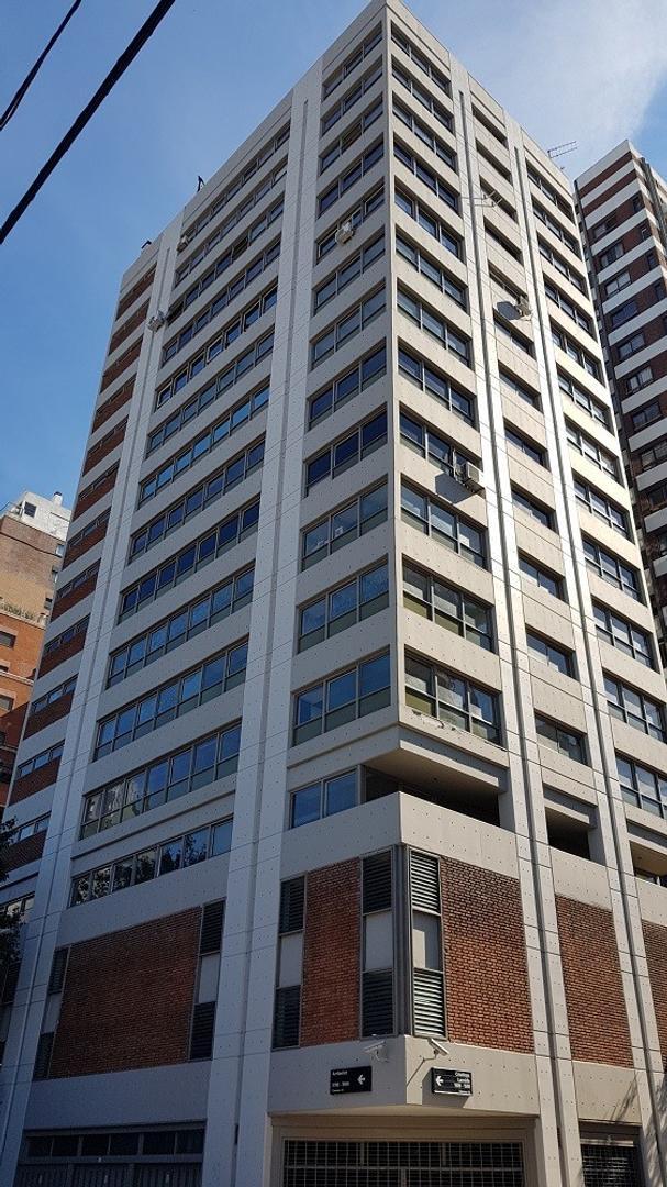 Excelente oficina de 254 m2 en una planta (piso 10)