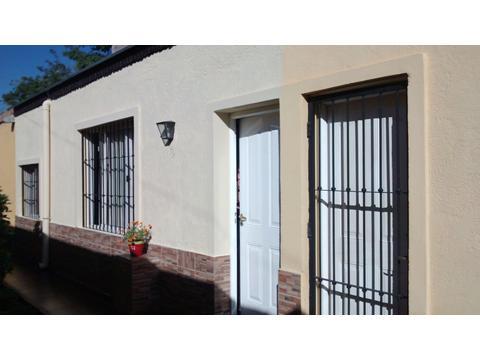 Departamento en calle Mariano Moreno, Godoy Cruz