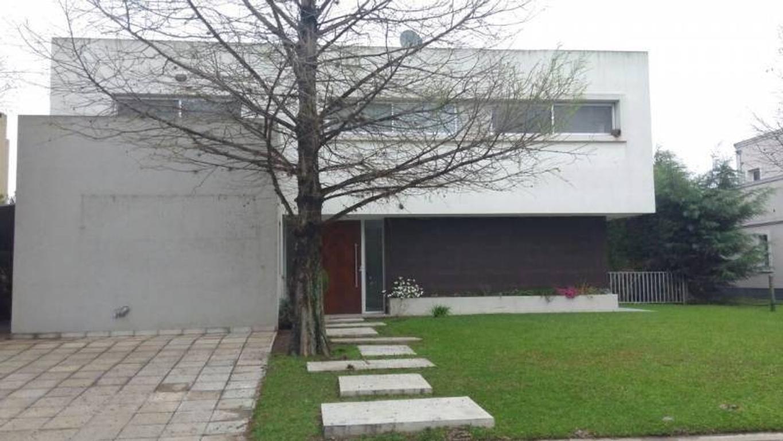 Casa en Alquiler en Villa Olivos BC