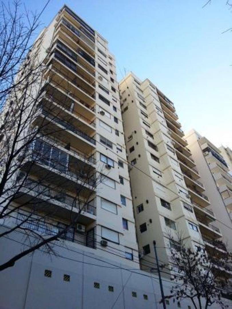 EN VENTA - BARRACAS - DEPARTAMENTO - Unidad de 2 Ambientes Contrafrente Vista Abierta