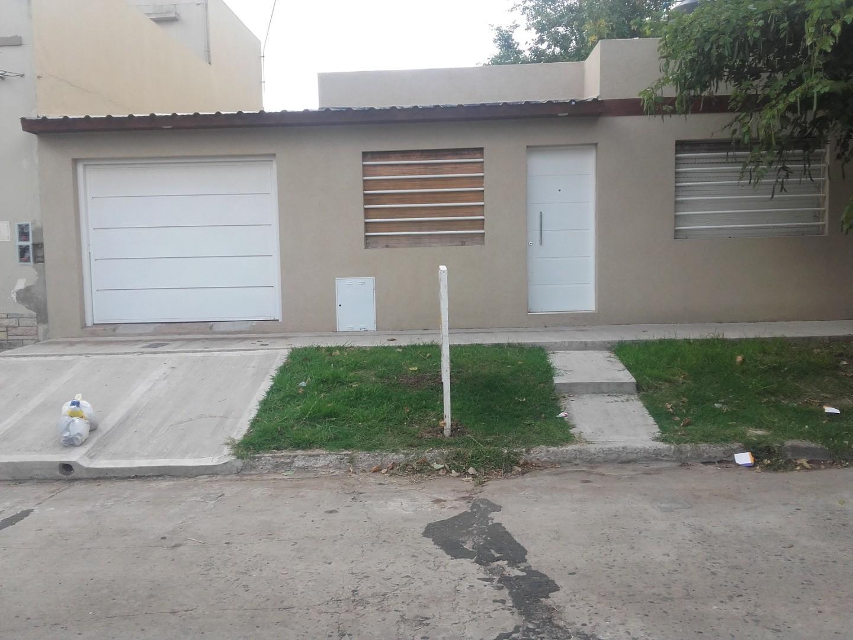 Casa en Venta en Castelar Sur - 3 ambientes