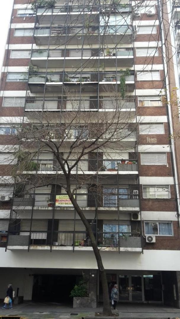 Av. Belgrano 2400 - 3 Dorm - Apto Credito  - COCHERA - 90m2 - BUENISIMO..!!