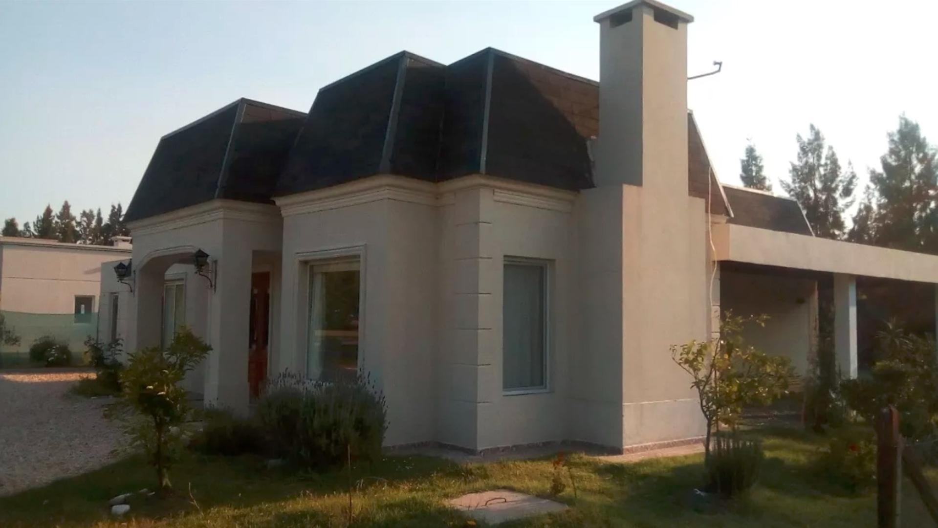 Casa en Venta en Haras Del Sur 2 - 4 ambientes