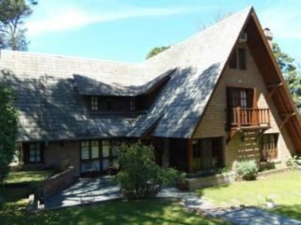 Casa en Alquiler por temporada en Buenos Aires, Pdo. de Pinamar, Pinamar