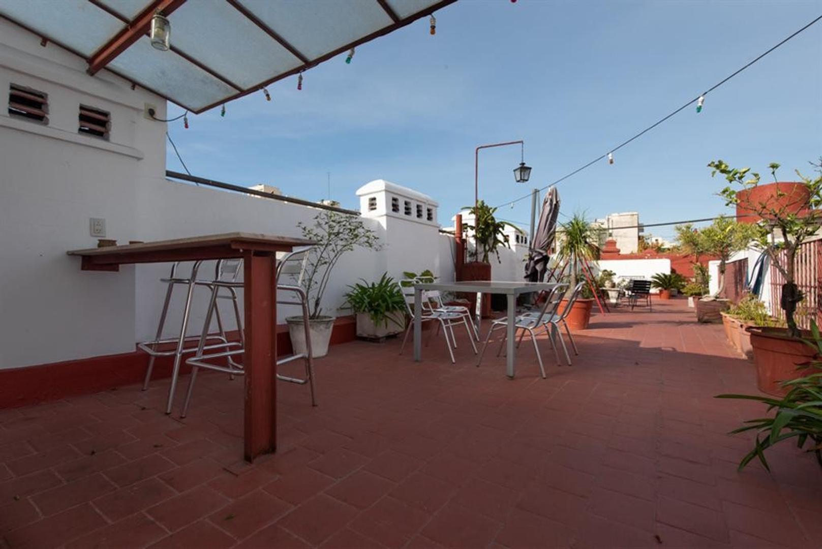 Departamento con terraza, muy bien reciclado.  - Foto 34