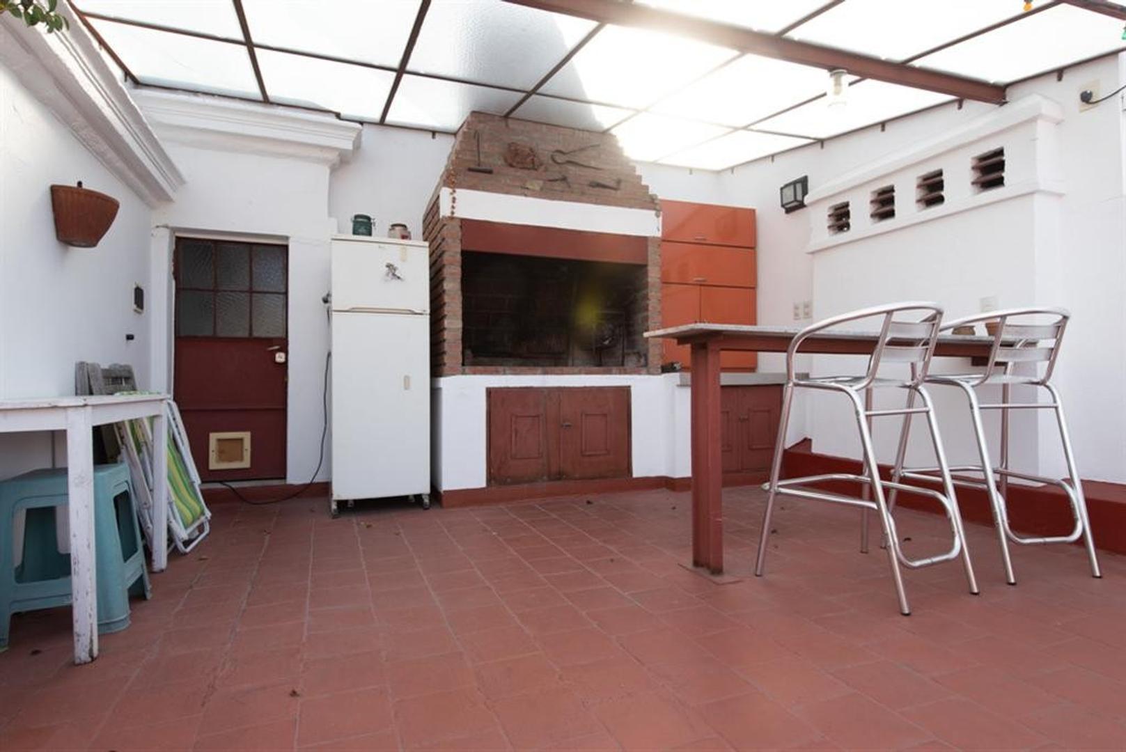 Departamento con terraza, muy bien reciclado.  - Foto 33