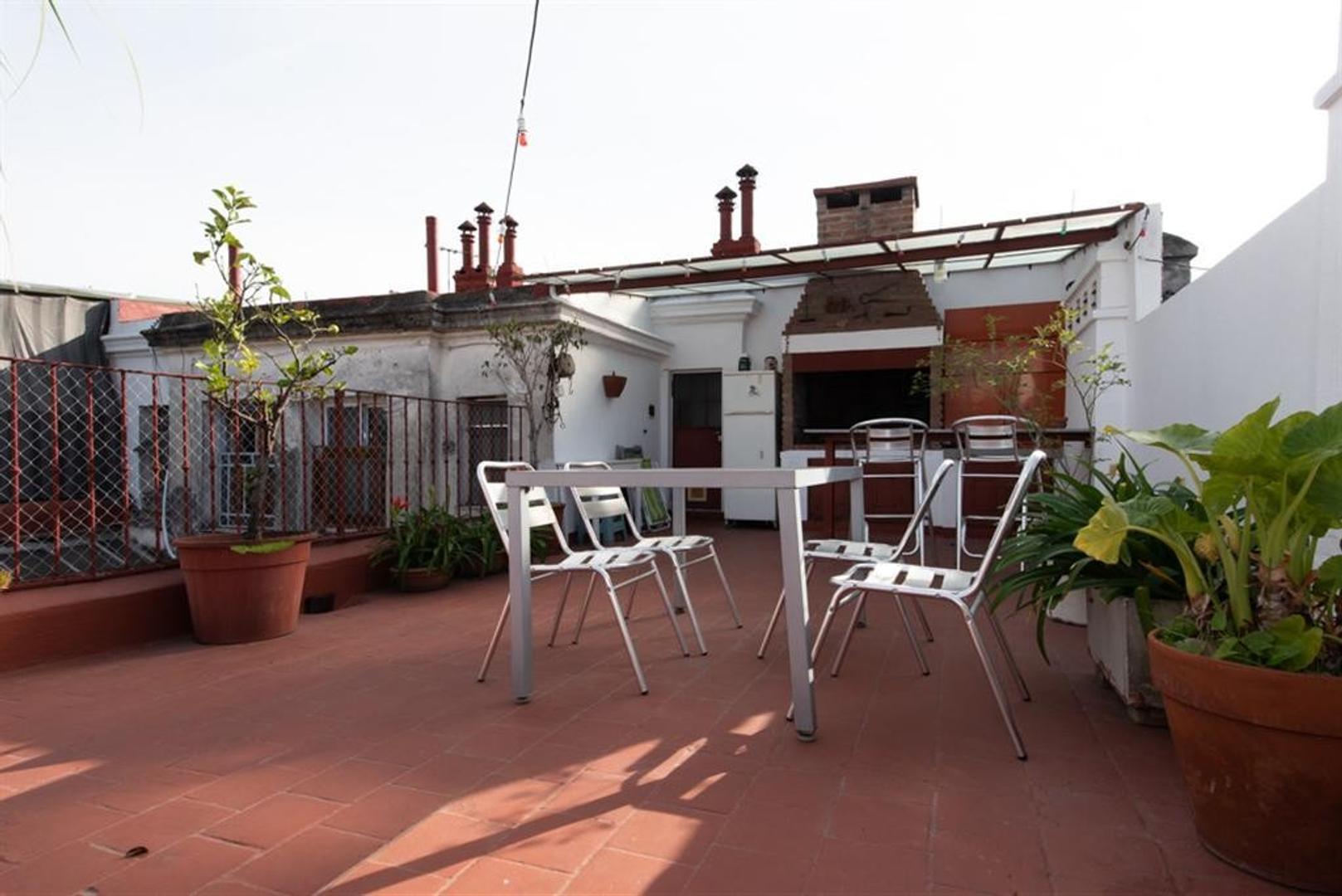 Departamento con terraza, muy bien reciclado.  - Foto 36