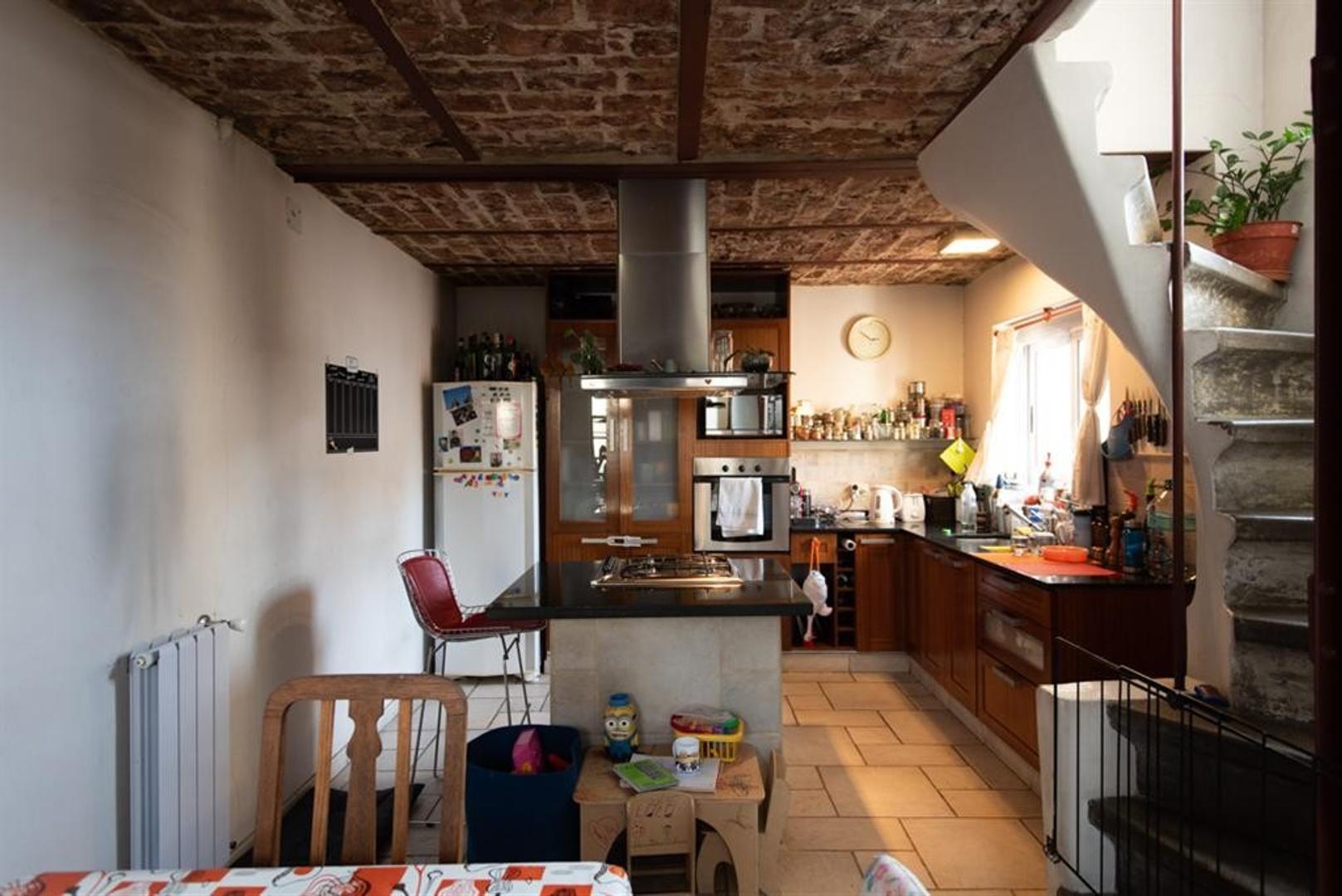 Departamento con terraza, muy bien reciclado.  - Foto 26