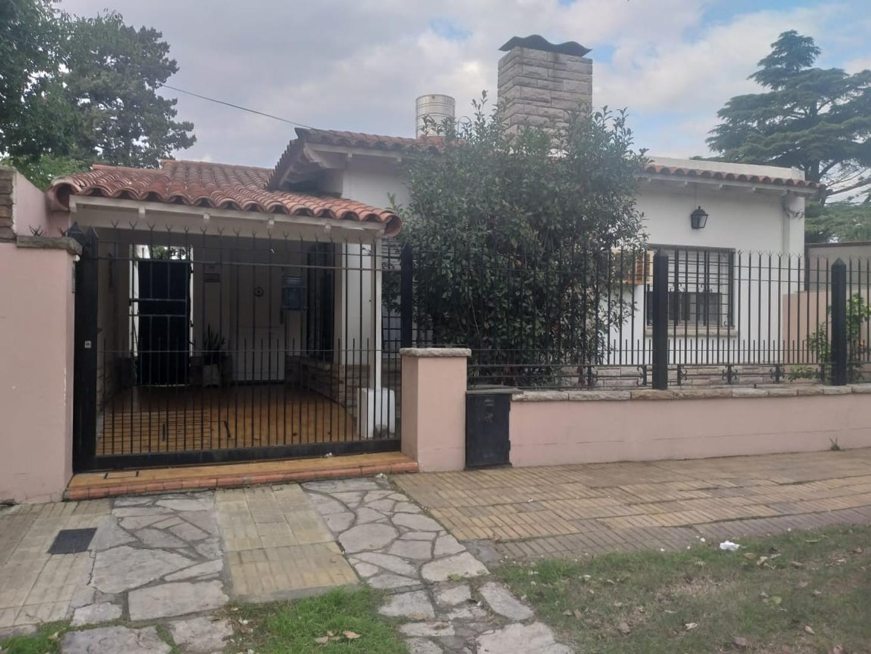 Casa en Venta en San Antonio De Padua - 3 ambientes