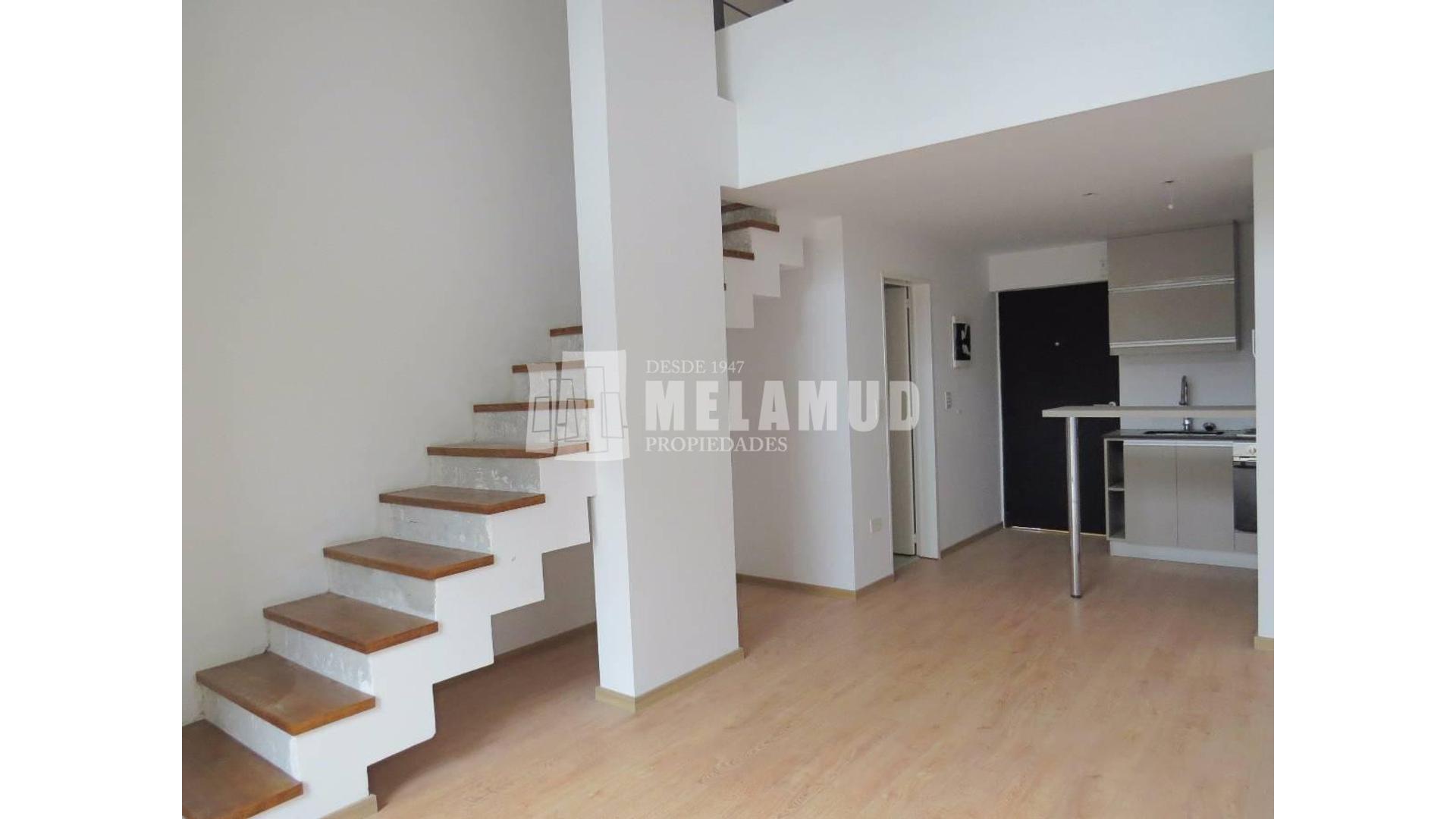 2 Amb en Duplex con Balcon Terraza y Parrilla Propia! Baño y Toilette!