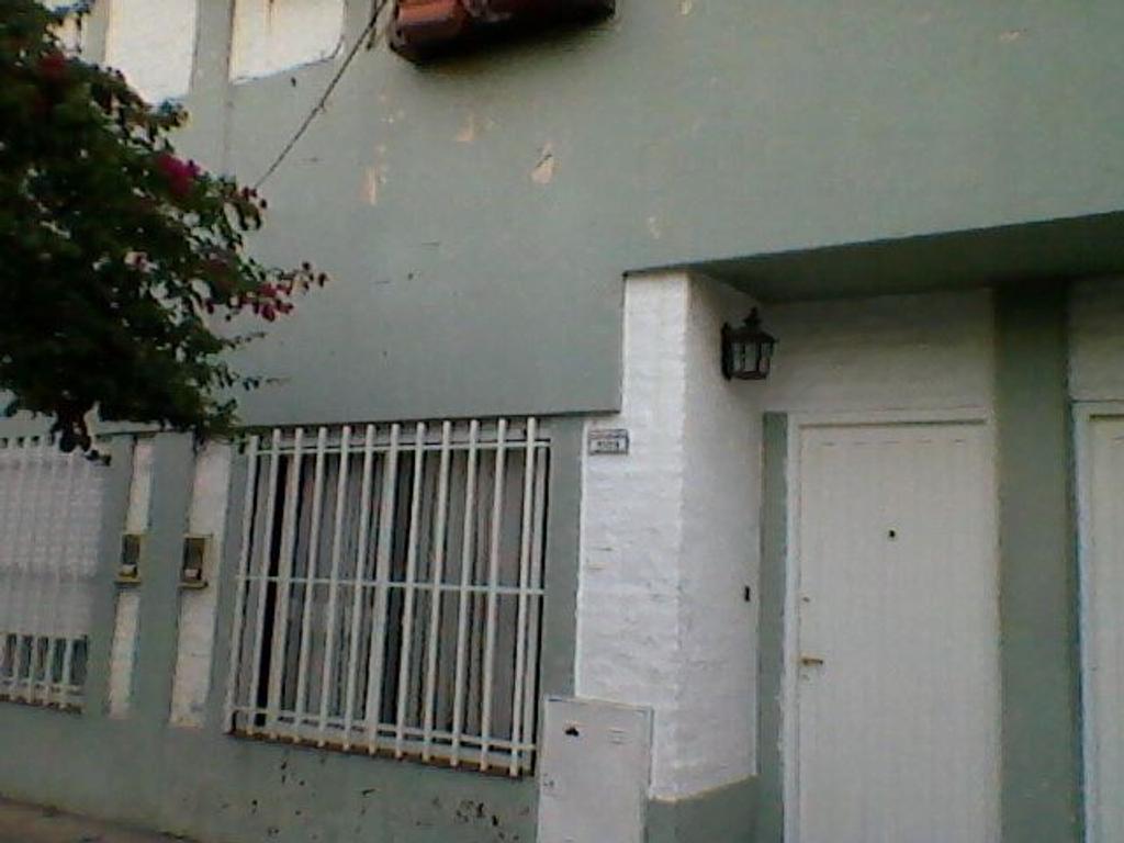 PH en Villa Luzuriaga, La Matanza, Buenos Aires USD 90000 - Santa Maria 1109 (Código: 486-278)