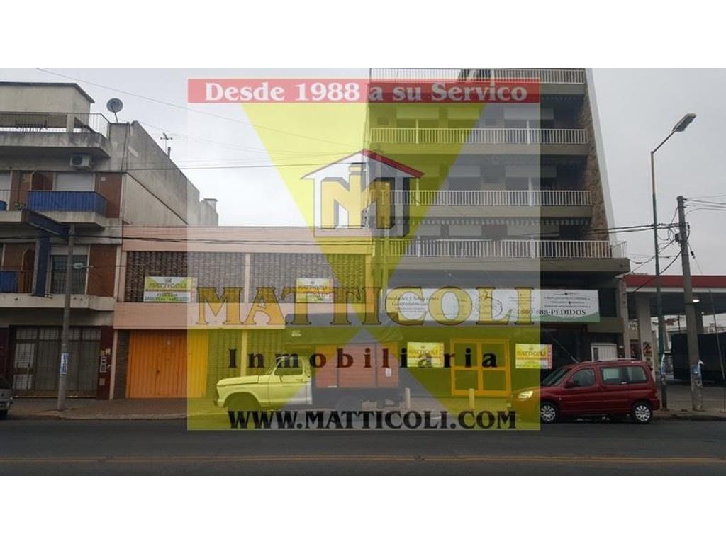 Local de 670 m2 en 2 Plantas en San Martin Centro