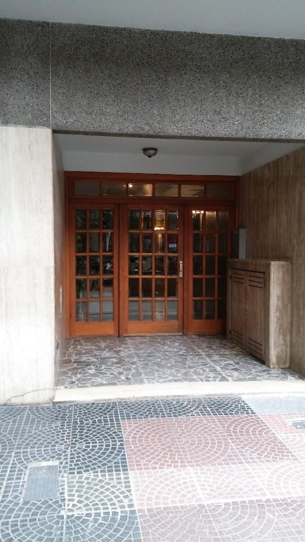 Departamento de 2 ambientes en San Martín Centro